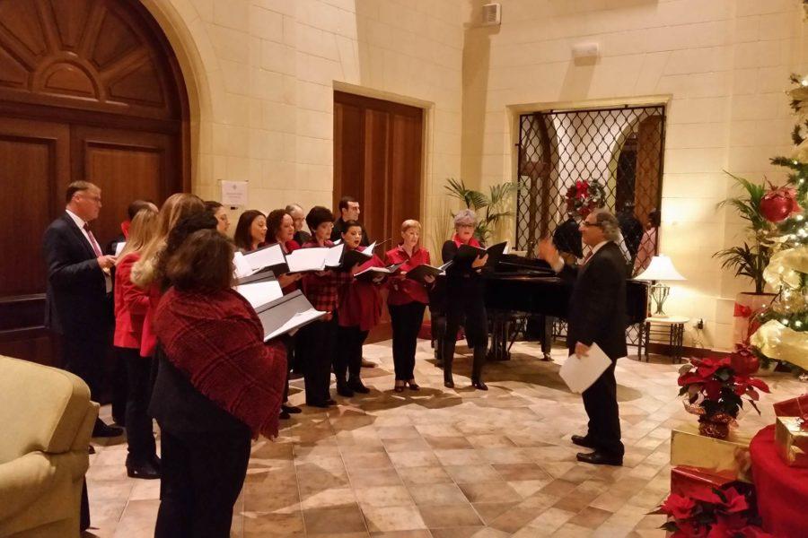Gaulitanus in Christmas Carolling